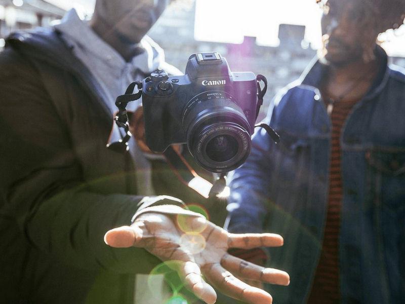 Canon M50 sin espejo